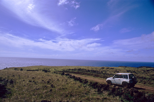 easter-island-jeep