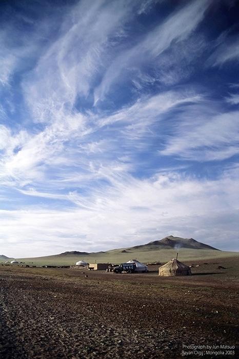 モンゴルのバヤン・ウルギーの夏営地
